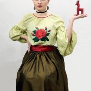 Сорочка на ґудзиках з льону вишита вручну
