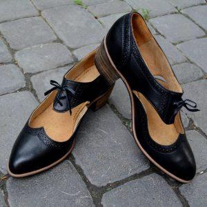 Туфлі Панянка, стилізація народних червичків