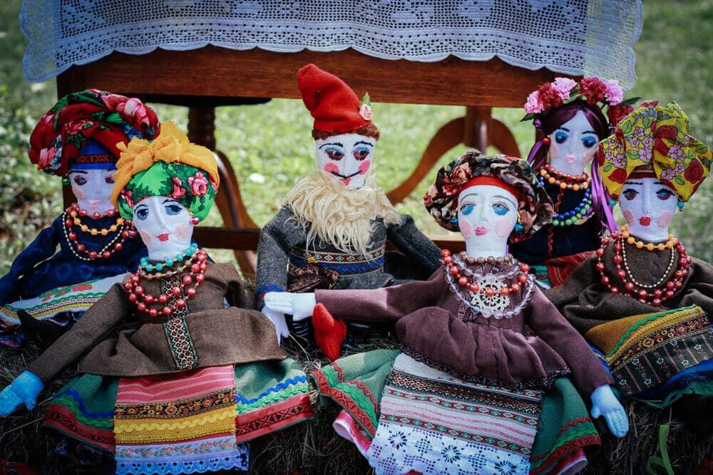 Текстильна авторська лялька в етно стилі