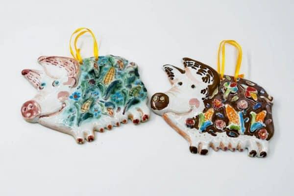 Підвіска Свинка, керамічний ручнороблений декор