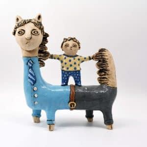 Скульптура На таткові, подарунок до дня батька, для дитячої